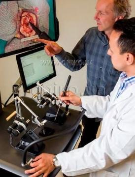 NeuroVR - найсучасніший нейрохірургічний симулятор віртуальної реальності